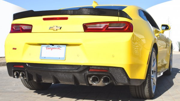 Gen 6 Camaro SS | Rear Diffuser Race Edition | Carbon Fiber