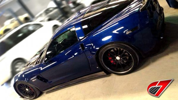 Corvette ZR1 EXTENDED Side skirts with mudflaps | Carbon Fiber